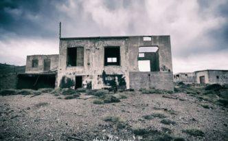 villaggio minatori abbandonato miniera abbandonata